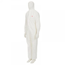 3M™ 4540+ robust protective suit
